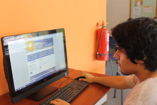 Usuarios de FACSOJUR lideraron el uso de Recursos Electrónicos en la UTA durante el 2015