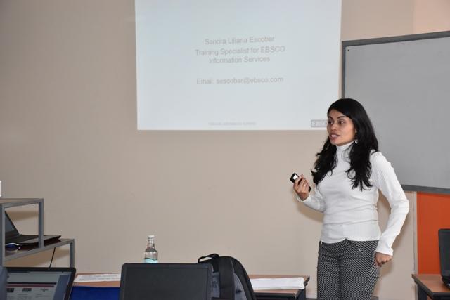 Biblioteca de la UTA brindó capacitación en base de datos EBSCO a comunidad universitaria