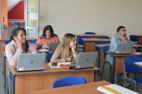 Biblioteca capacitó a ex alumnos en acceso a recursos electrónicos