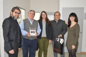 Colecciones Históricas de la UTA recibió visita del Presidente del Directorio de la Fundación Robert