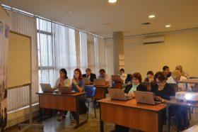 36 profesores del Medio Educativo Regional (Red Yatichaña) acceden y se capacitan en Bases de Datos